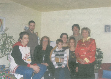 Notre photo de famille pour le dossier d'adoption ( picture of mother family) Anne family