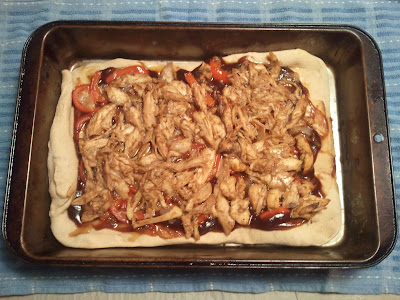 Use leftover chicken to make BBQ chicken Pizza