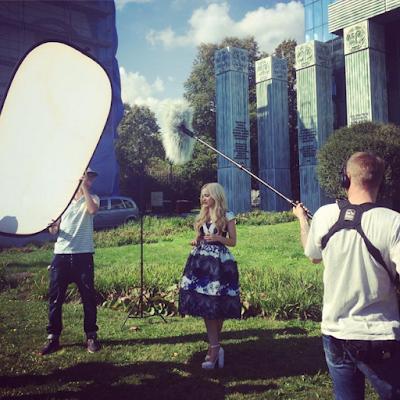 Zdjęcia z sesji Dove Cameron w Polsce