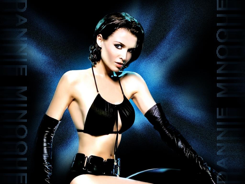 http://2.bp.blogspot.com/-ND-tytyqMQ8/T_Epb02GB4I/AAAAAAAAGQw/dgBcZ65A2b8/s1600/Dannii+Minogue+07.jpg
