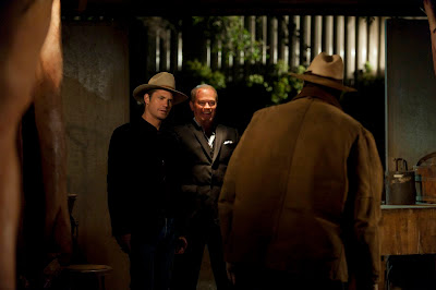 Raylan, Limehouse and Quarells in one last anticlimatic showdown