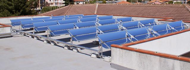 السخان الشمسي ذات مجمع القطع المكافئ Parabolic Trough Solar Heater