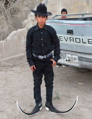 Lip Chip: Mexican Pointy Boots