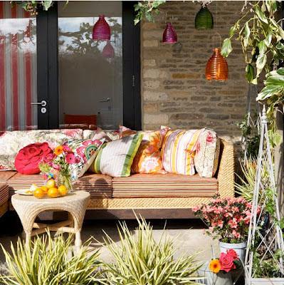almofadas em varandas e terraços