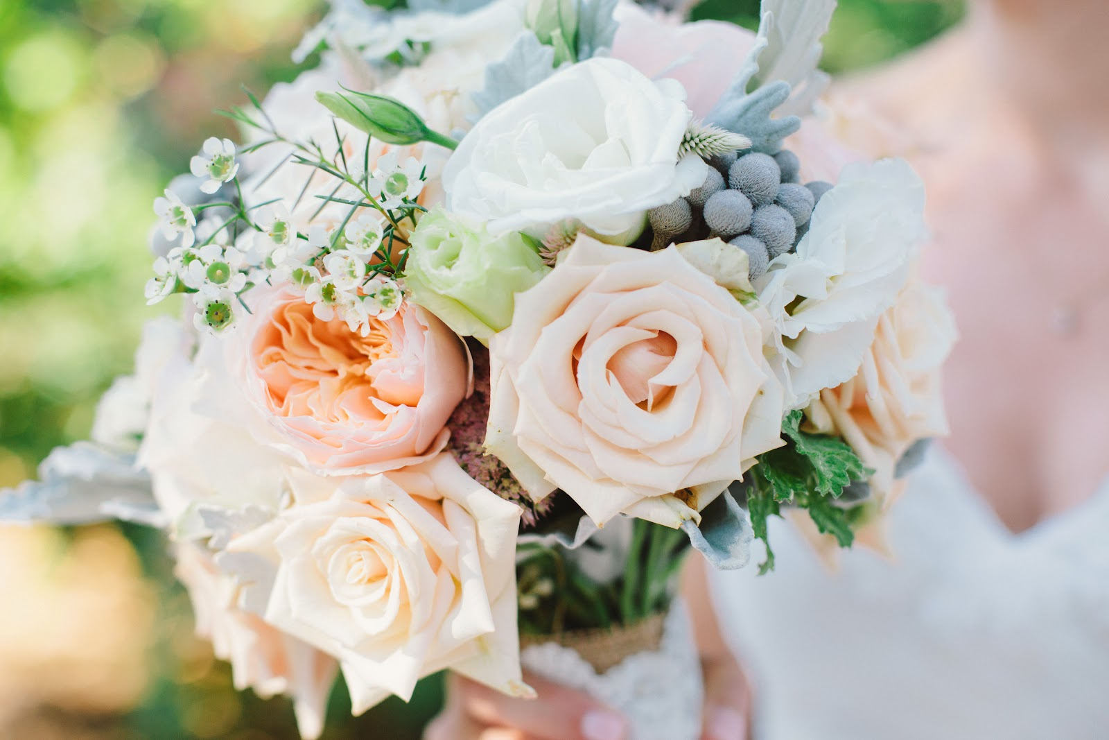 Peach Garden Rose wedding flowers from springwell: peach garden roses and silver
