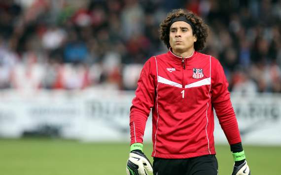 Liverpool linked with €6m move for Mexico keeper Guillermo Ochoa
