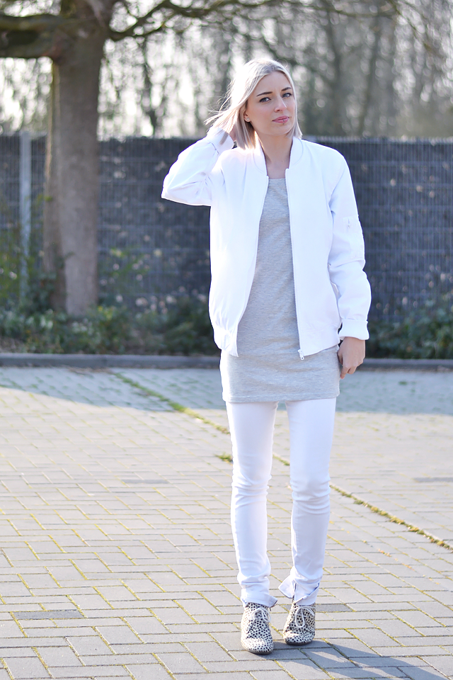 White outfit, fashion blogger, how to wear, dot shoes, maruti shoes, all white