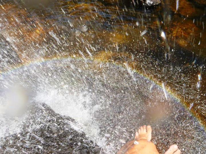 Arco Íris na Cachoeira da Chapada dos Veadeiros por Alice Faria