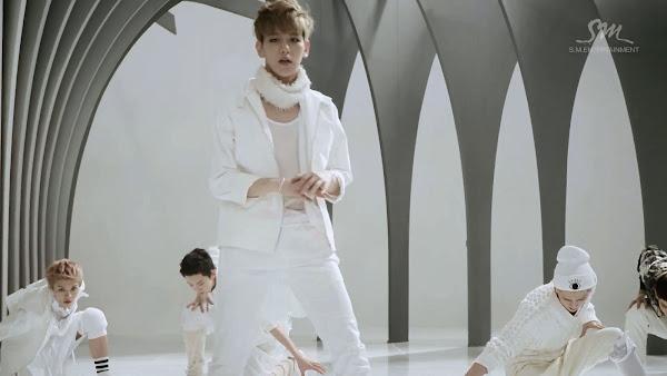 EXO Wolf Baekhyun