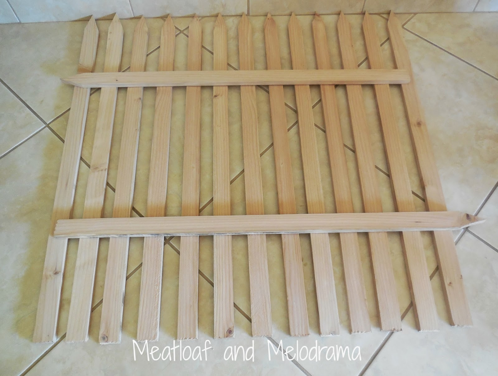 Delightful Build A Wood Fence Part   3: Delightful Build A Wood Fence Great Pictures