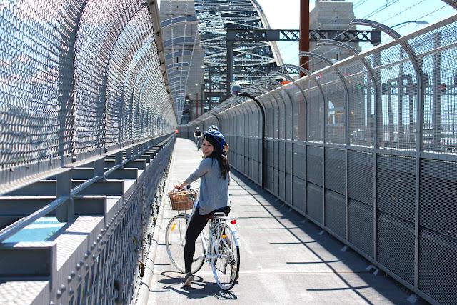 bicycle harbour bridge