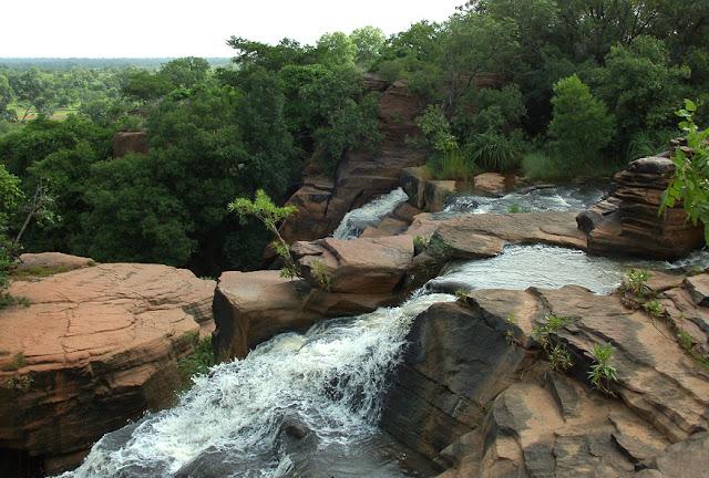 Karfiguela Waterfall