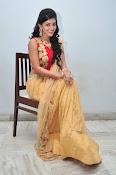 yamini bhaskar latest glam pics-thumbnail-9