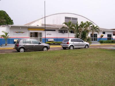 Saiba como se tornar um piloto comercial  Aeroclube+de+Londrina