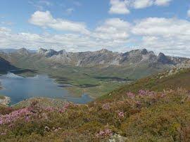 El Valle de Arbas y las Tres Marías