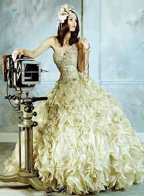 Flower Strapless Ball Gown Wedding Dress
