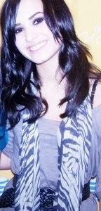 Demetria Lovato *-*