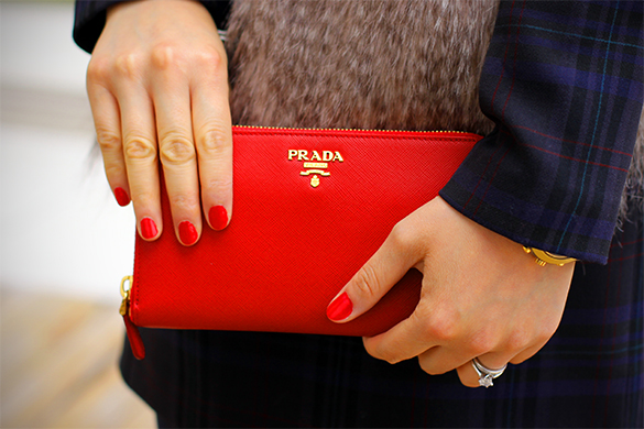 Red Prada Saffiano Metal Oro Wallet