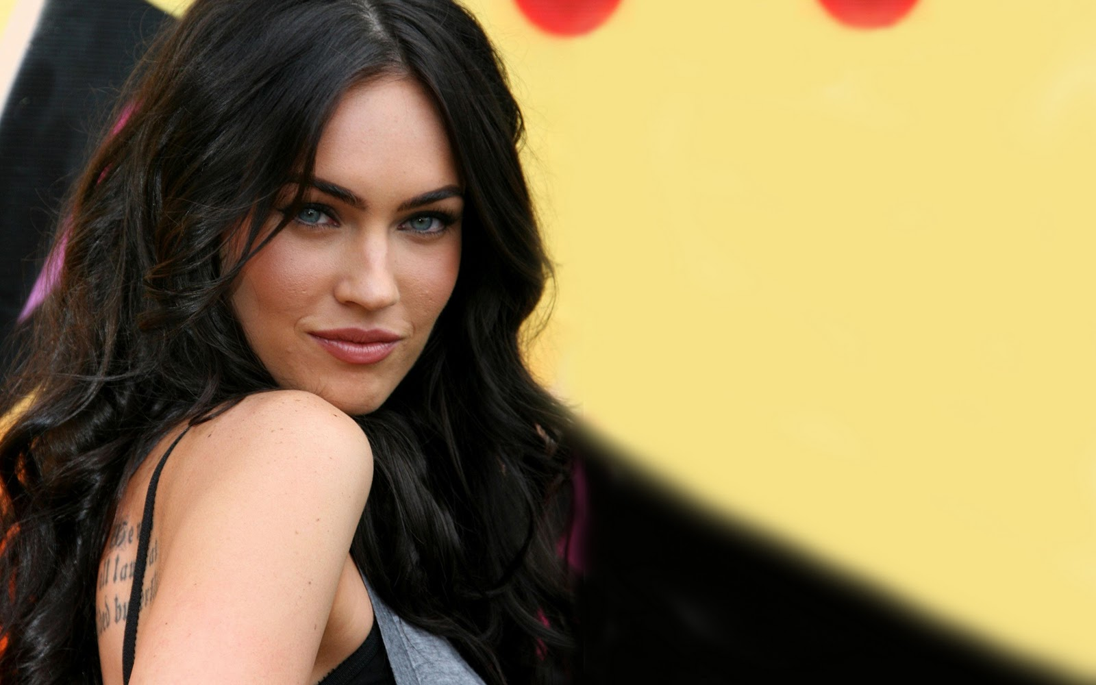 megan fox latest hd wallpapers | xs-wallpapers