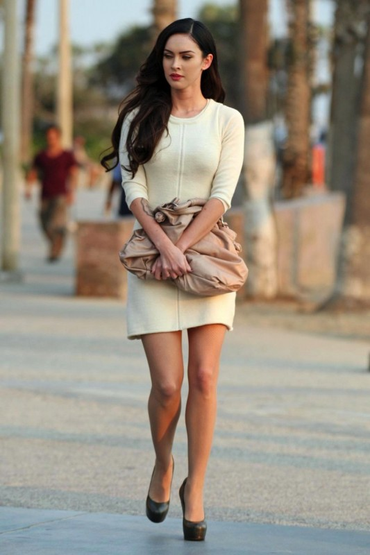 Megan Fox In Hot Fashion Style Fashio Character Occupation