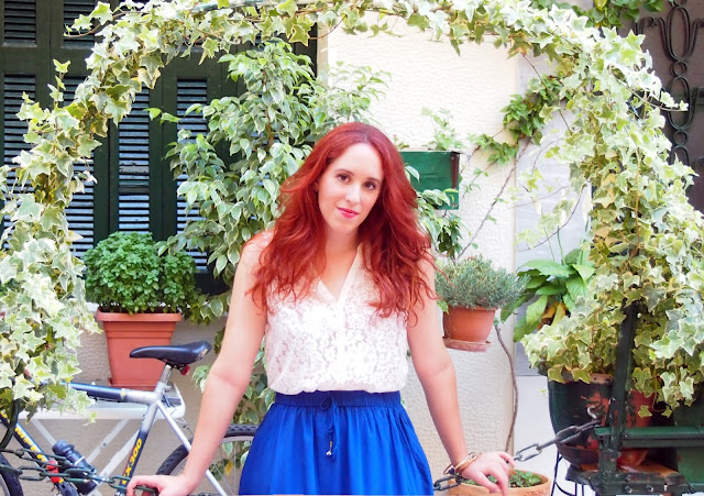 lace,white,top,shirt,blue,maxi,skirt,h&M,spotlights on the redhead,redhead