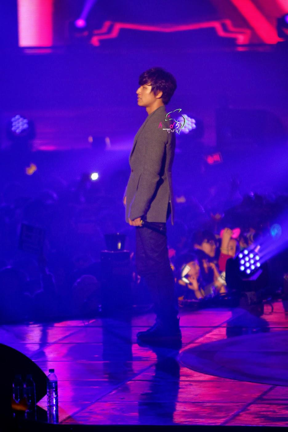 http://2.bp.blogspot.com/-NFPOX9t-NYo/TvMAhS6yD4I/AAAAAAAAPNE/dKecdmPKYwg/s1600/Daesung_017.jpg