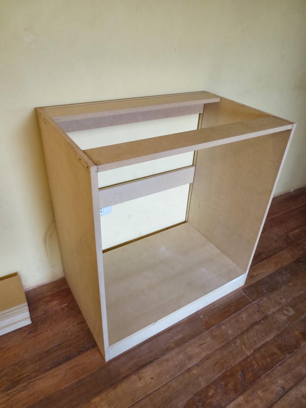 Decoraciones manualidades en madera como hacer un comoda for Como hacer una comoda de madera pdf