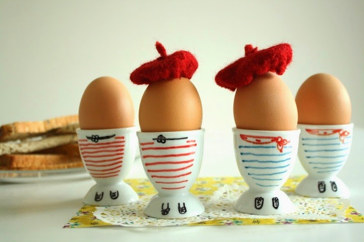 http://www.foliesdubonheur.com/2013/03/frenchie-decorated-eggcups-diy.html