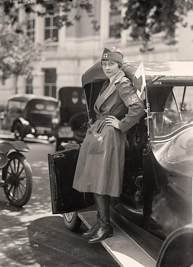 nurses in world war 1 World war one 1914 - 1918 a canadian nurse in world war i - nursing sister helen l fowlds - helen fowlds marryat was one of over 2500 canadian nurses who served.