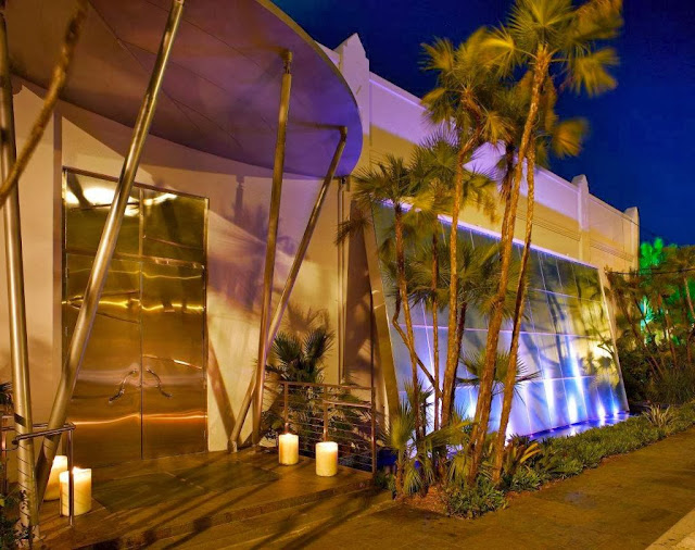 exclusive karu and y restaurant miami nightclub by pepe calderin entrance