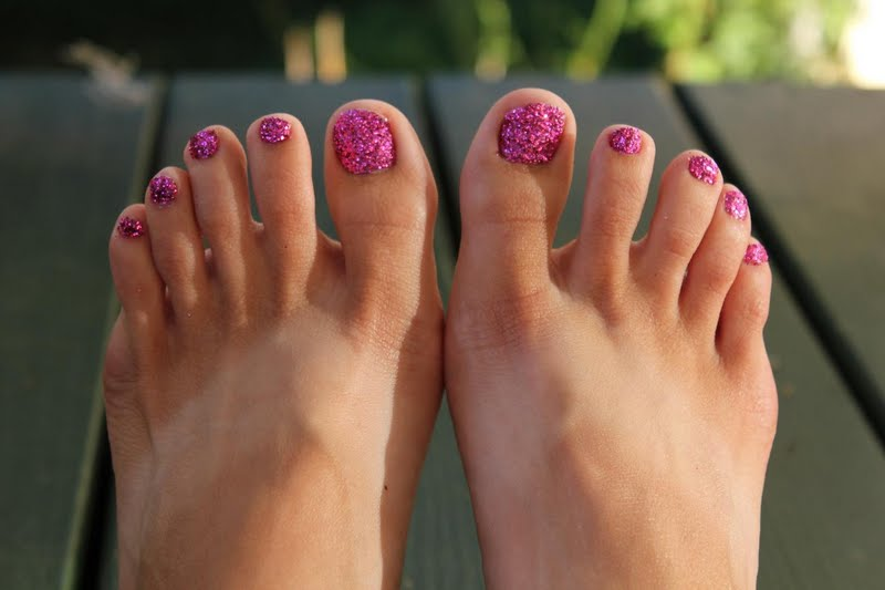 Glitter Toes Tutorial Glitter Toes Are Easy to