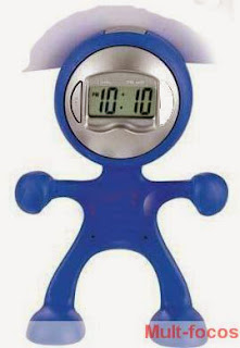 Relógio digital em forma de homem
