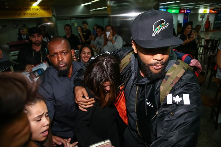 Selena Gomez e The Weeknd desembarcam no Brasil para festival