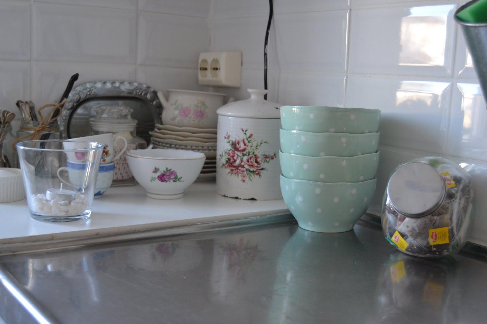 Pastell Koket : Vitt och harmoniskt Pastell i koket