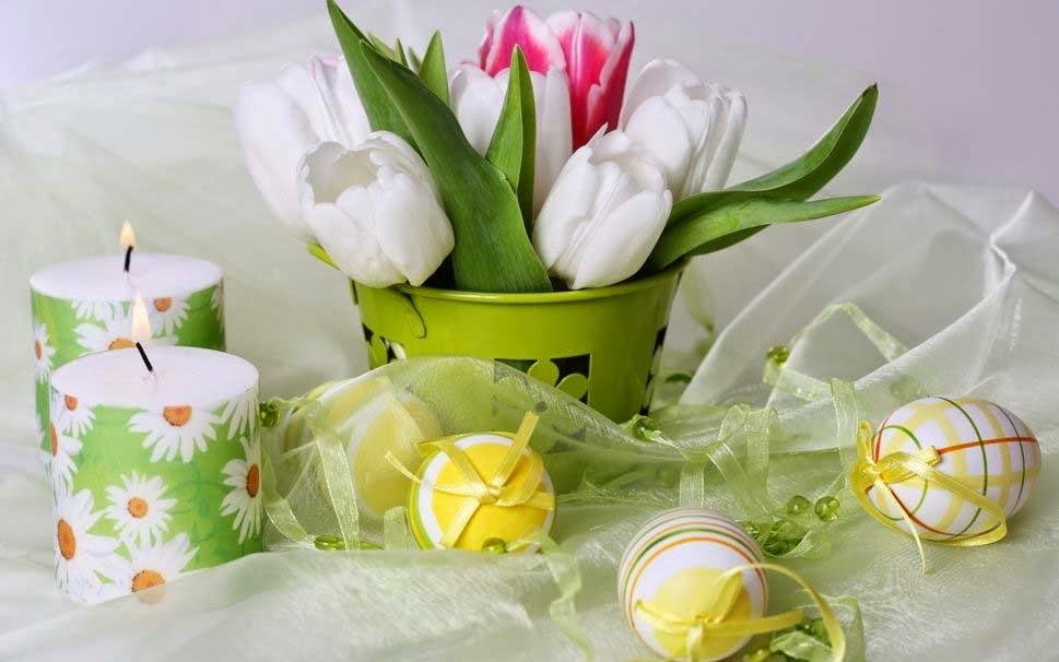 delicate-arrangement-flowers