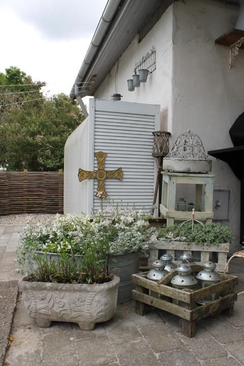 Stilleben no. 49: sommerstemning på terrassen