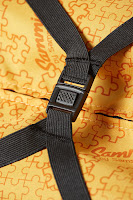 Detail of the internal straps on the Samsonite range of kids bags