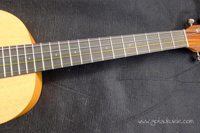 Pono MB-e Baritone ukulele fingerboard