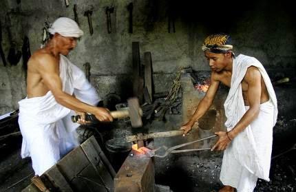 Pembuatan Keris Paling Sakti Pusaka Jawa