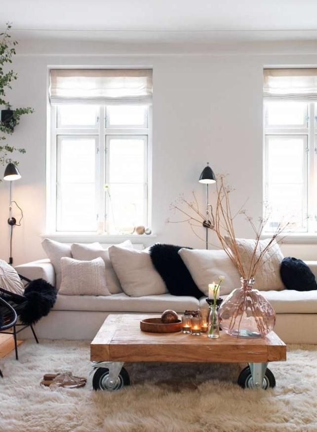 mesa de palets sofá blanco