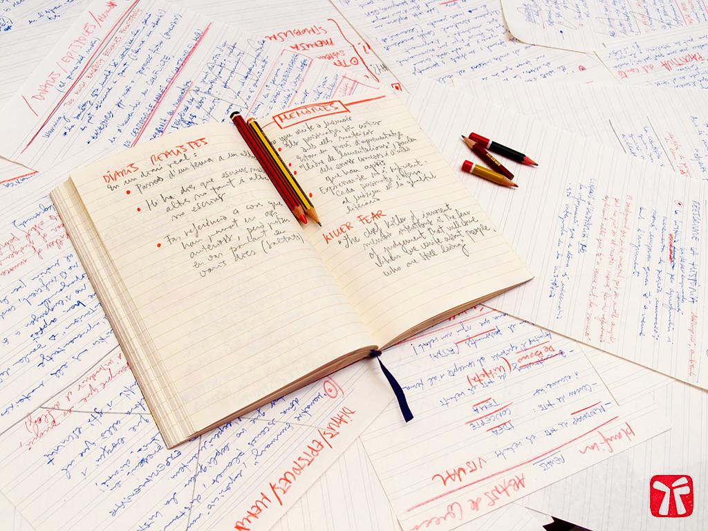 master en narrativa; apunts i llibreta