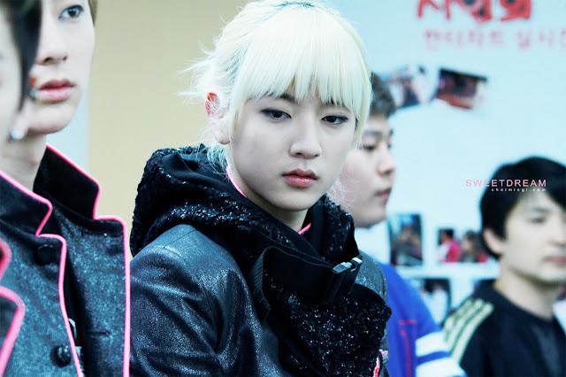 [Pic][06.04.12] - Nu'est (REN)- Busan Synanara Fansign Event 57