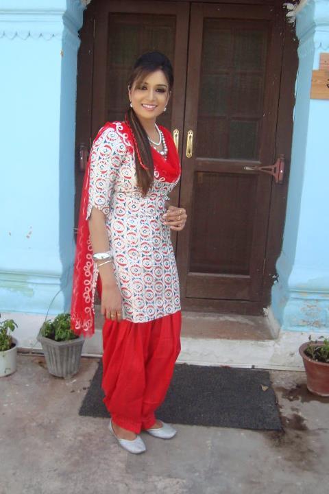 Punjabi Model Scrap Photos And Images