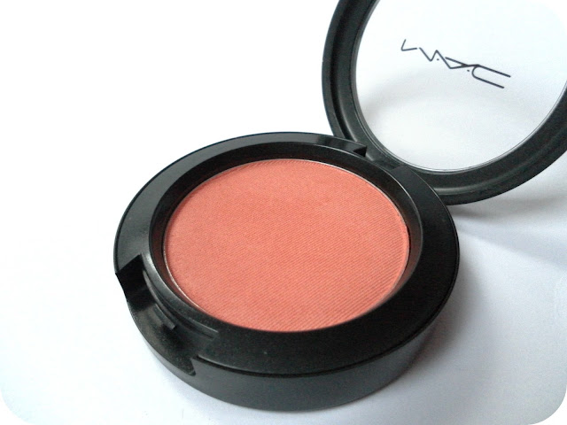 A picture of MAC Supercontinental Powder Blush