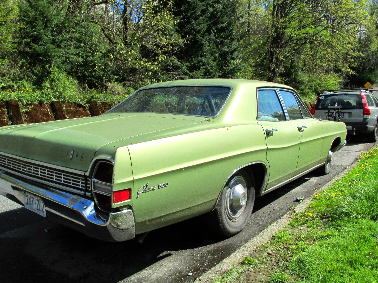 seattle 39 s classics 1968 ford galaxie 500 sedan. Black Bedroom Furniture Sets. Home Design Ideas