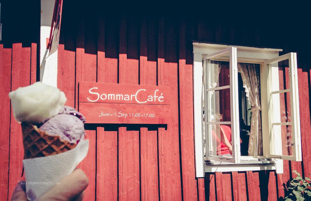 Sommercafé mit Eis