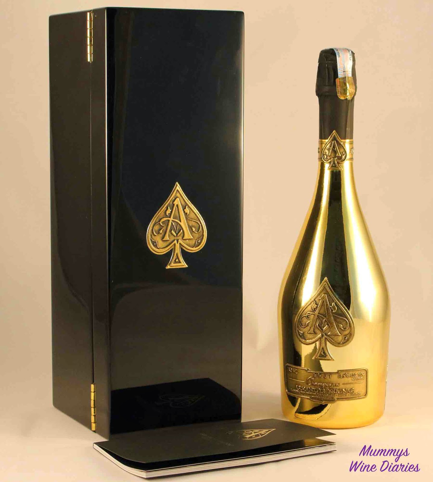 champagne-bottle-box-booklet-gold-ace-of-spades-brut