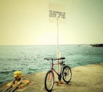 """""""Yo no viajo para ir a alguna parte, sino por ir. Por el hecho de viajar. La cuestión es moverse""""."""