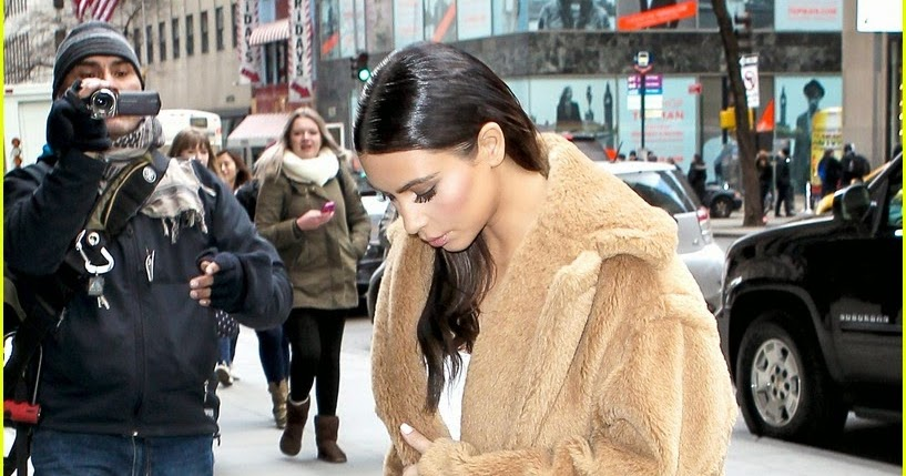 Celeb diary kim kardashian steps out for a shopping trip for Obi sandfilter