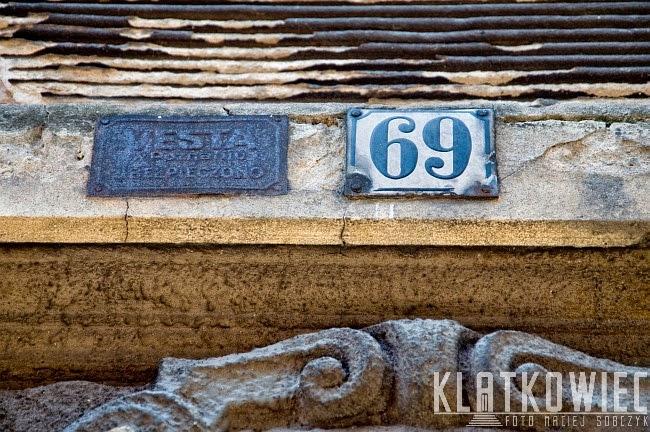 Grudziądz: tabliczka z napisem Vesta w Poznaniu ubezpieczono